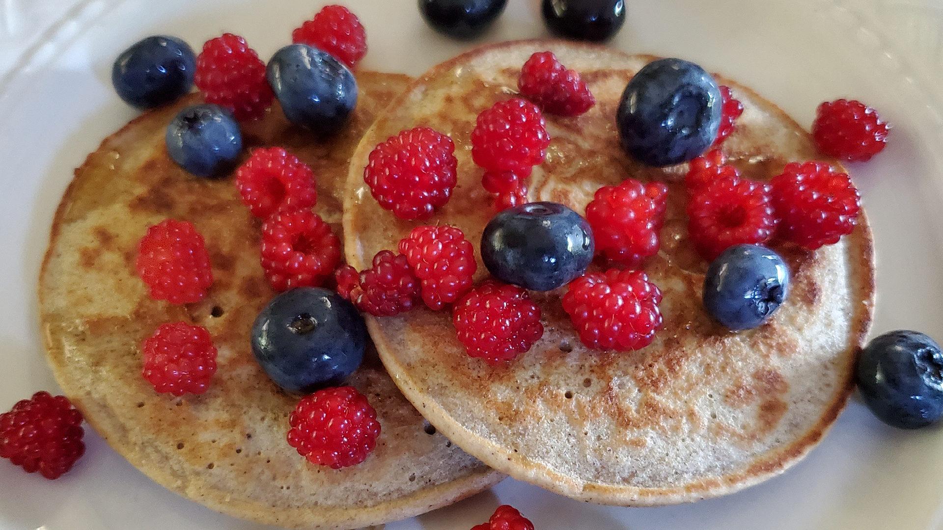 Healthy Oatmeal Banana Pancakes